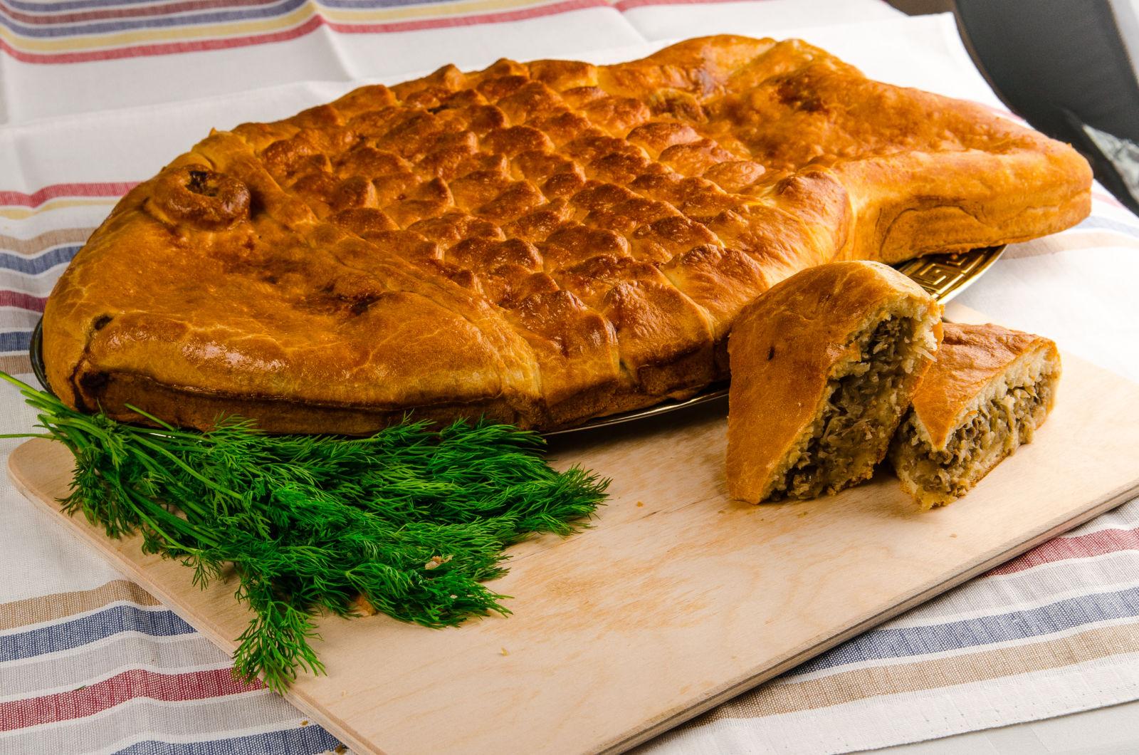 даже рецепт рыбного пирога с фото потереть терке, чеснок