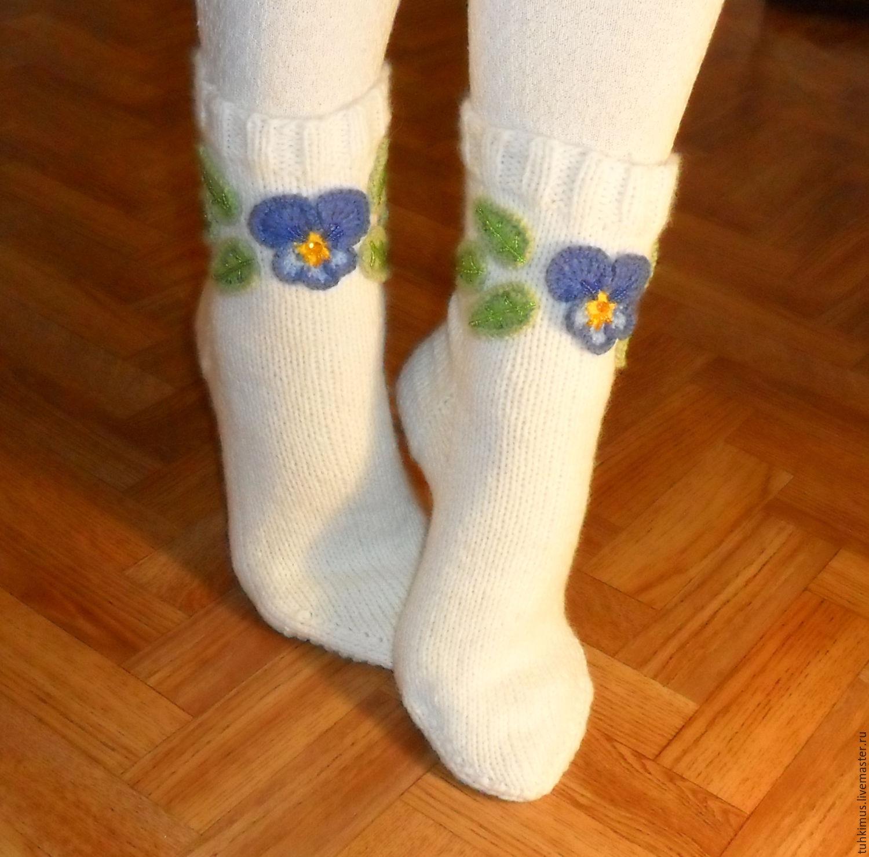 47fee43e335dd Купить Вязаные носки женские с аппликацией в интернет магазине на Ярмарке  Мастеров Купить или заказать Вязаные · zoom_in