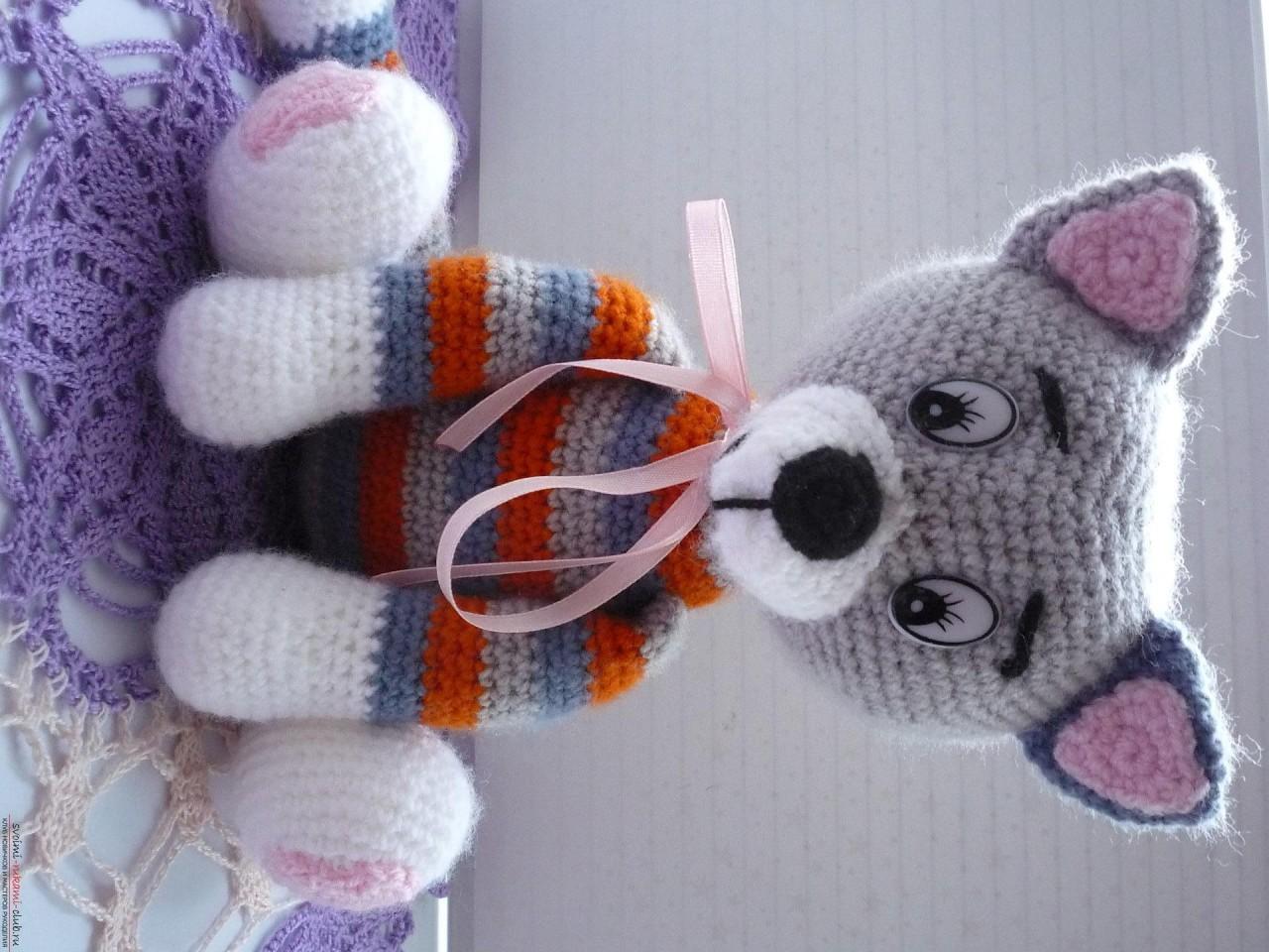 вязание крючком игрушка вязаный кот появился у меня ещё один