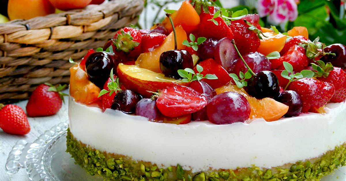 Добрым утром, открытка фруктовый торт