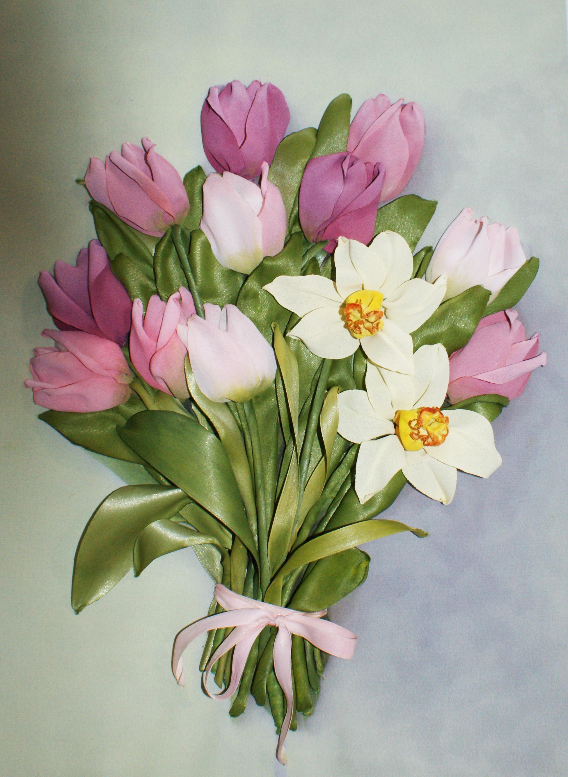 тюльпаны лентами фото