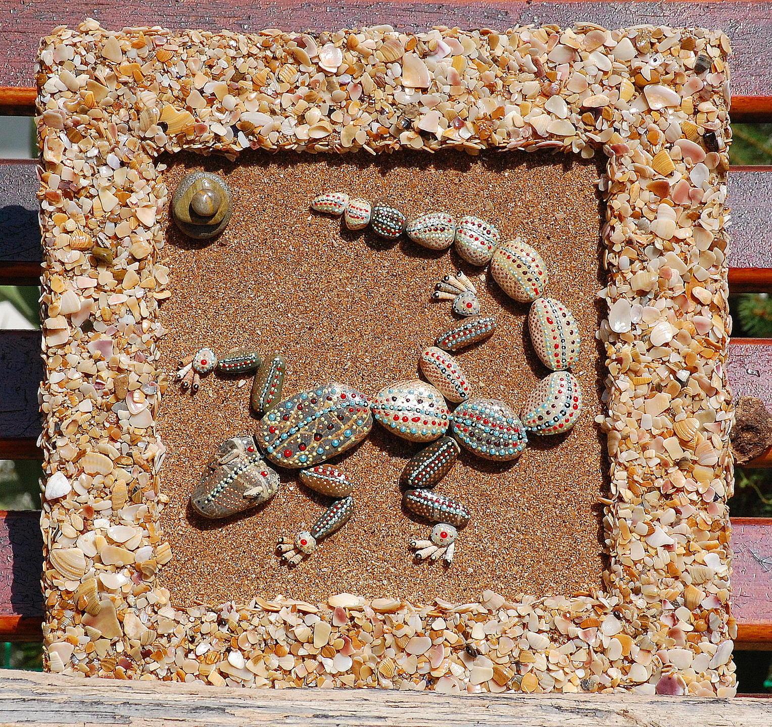 Аппликации из камней и ракушек фото