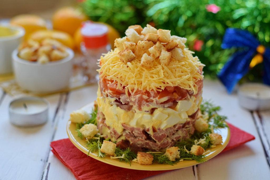 быть салат мясной слоеный рецепт с фото если