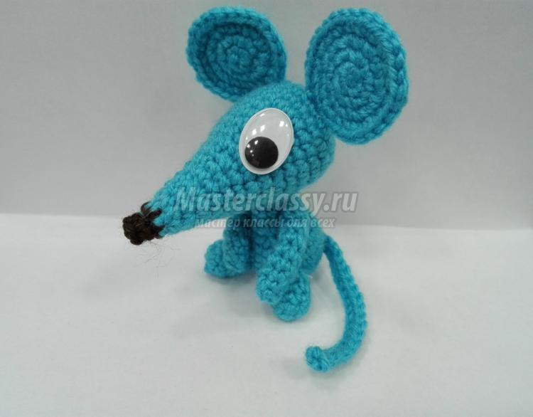 вязаная мышка крючком мастер класс с пошаговыми фото год мыши