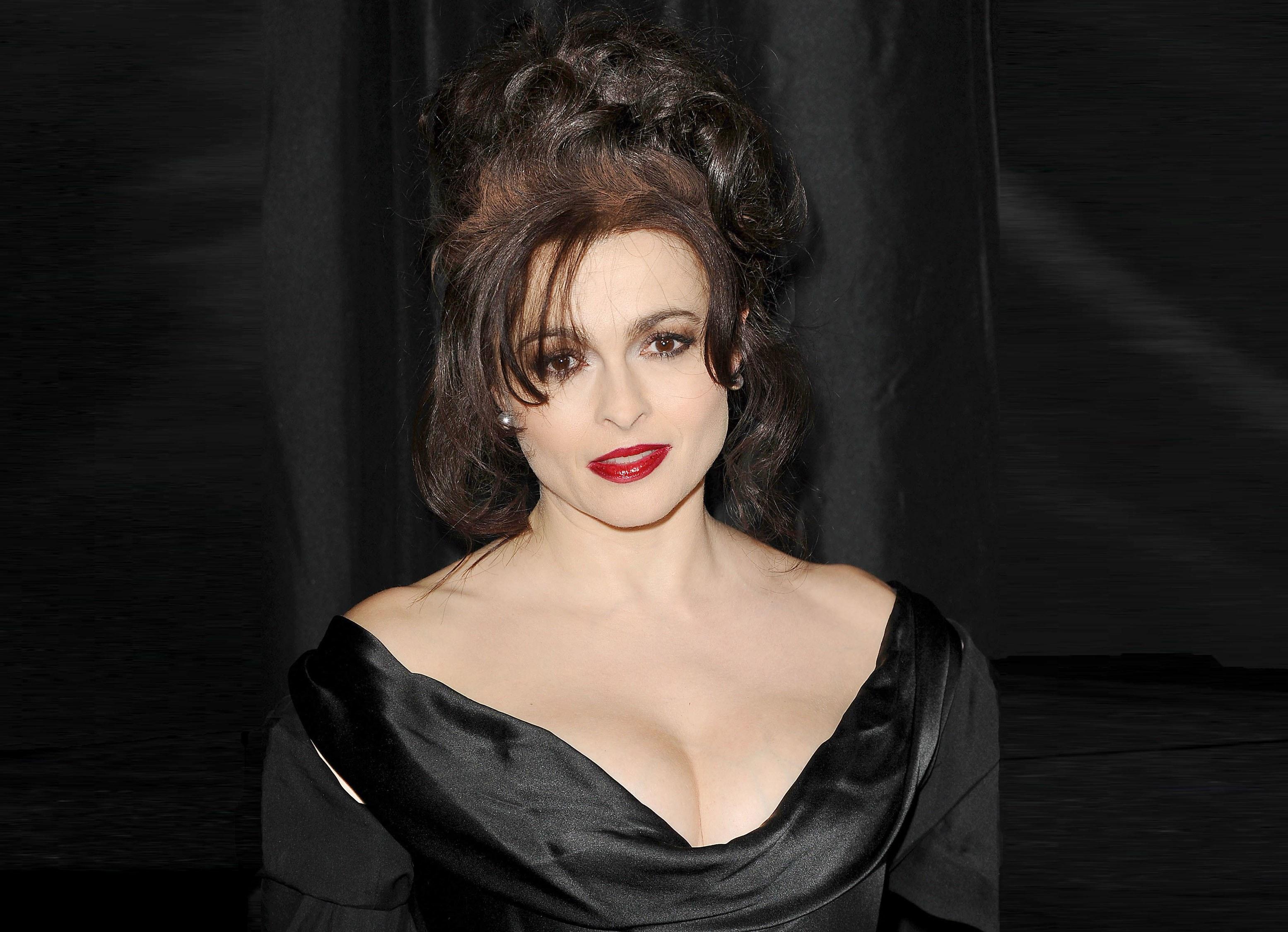 Helena Bonham Carter Nude Photos 61