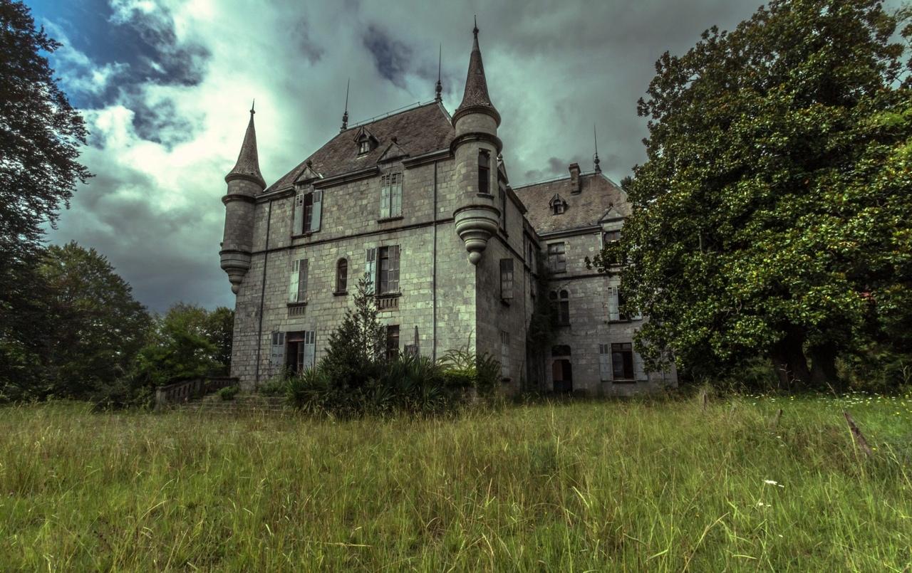 смотреть фото заброшенных замков россии как стартовать