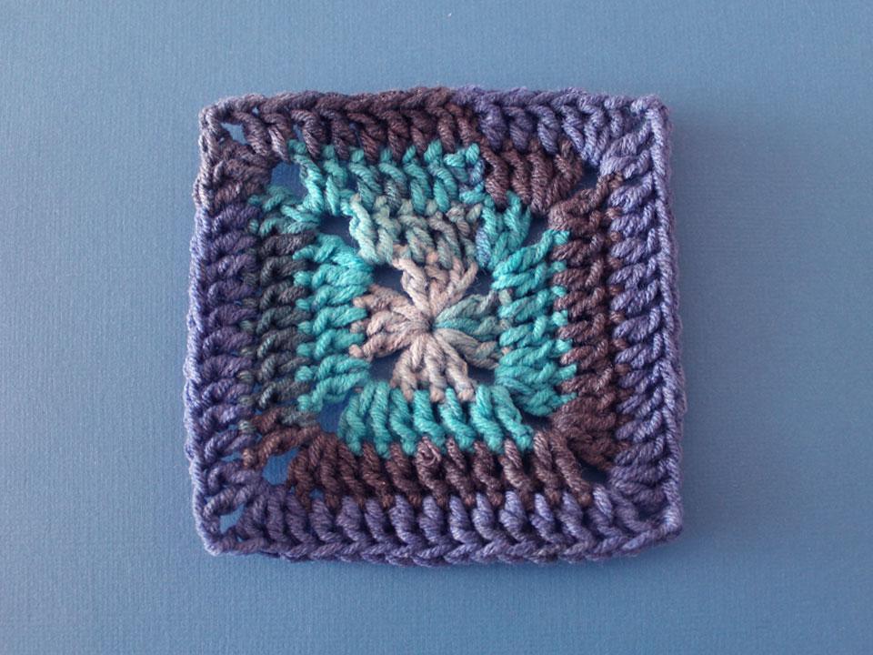 как вязать классический бабушкин квадрат схема вязания крючком