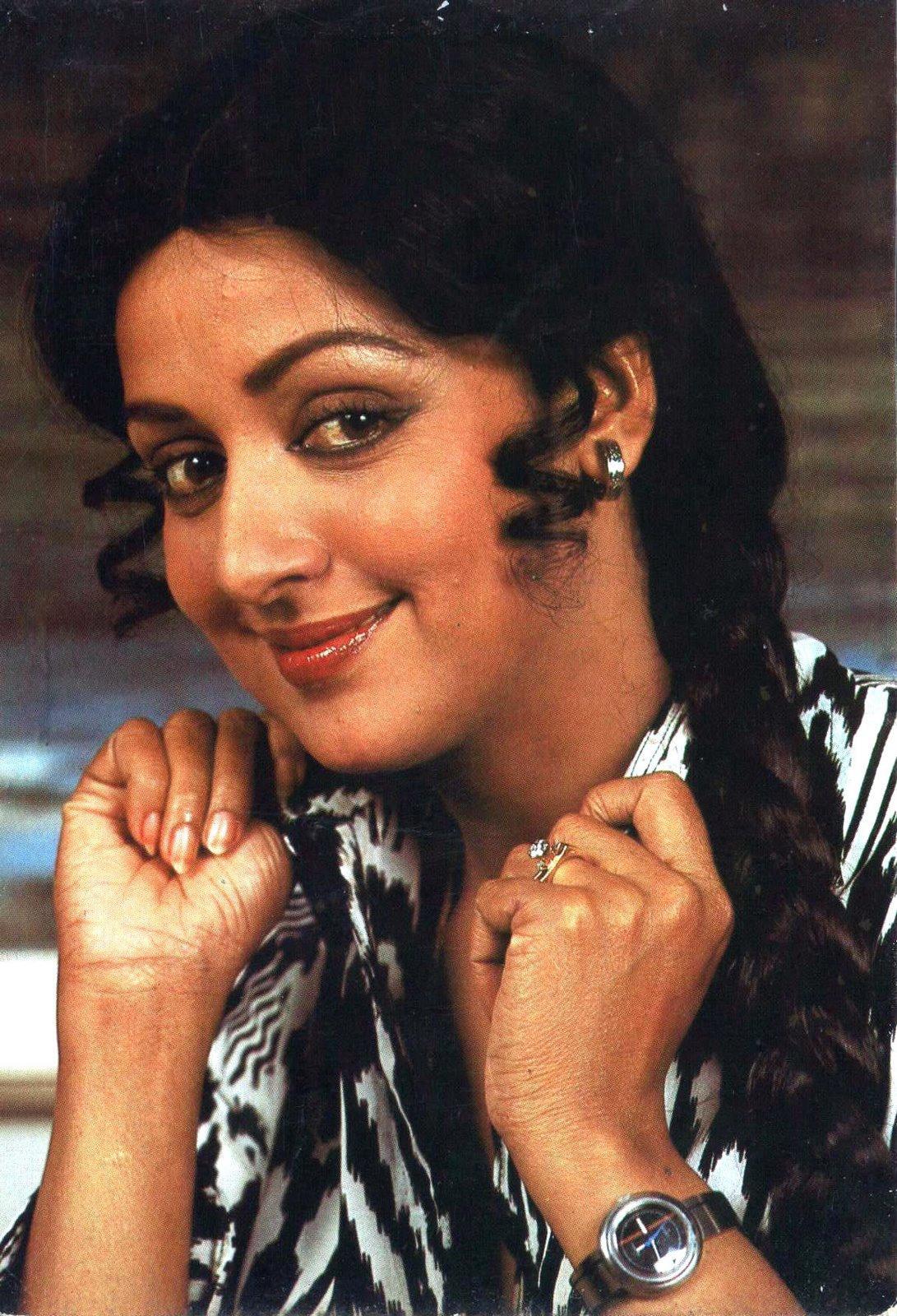 актриса индийского кино малини фото имеет много