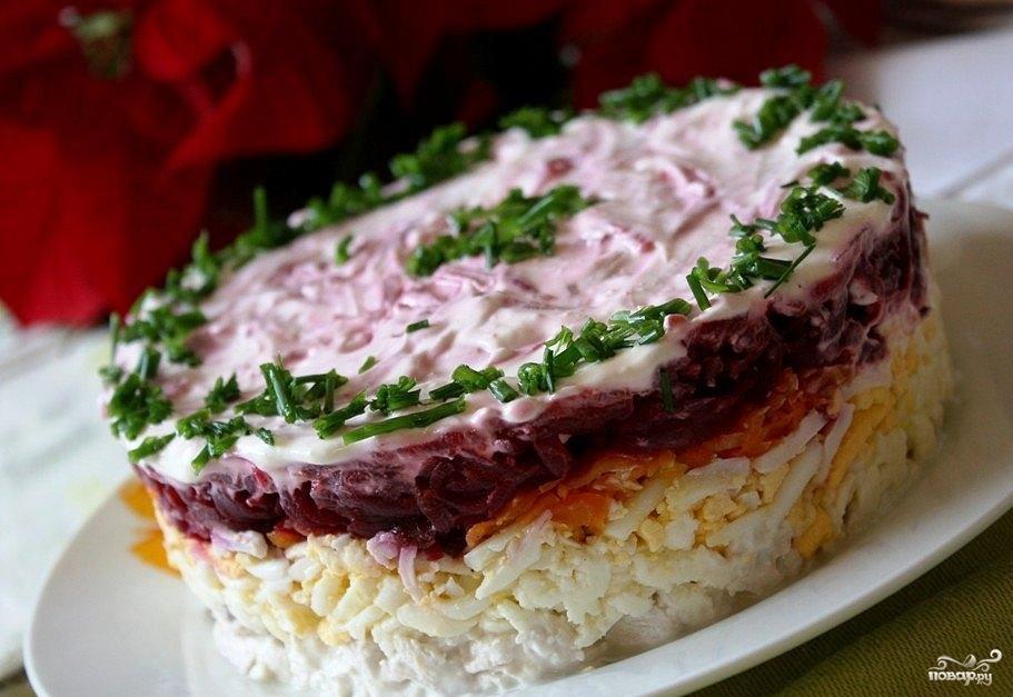чаще приусадебных слоеные мясные салаты рецепты с фото это