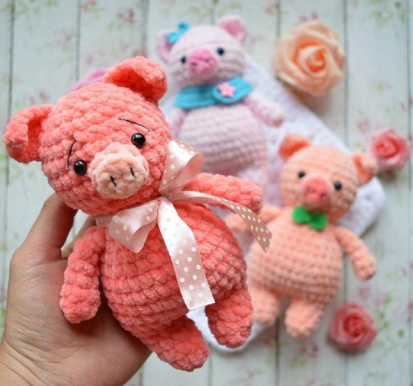 9a9aa354a Вязаные плюшевые свинки :) Описание Автор: Екатерина Николаева ...