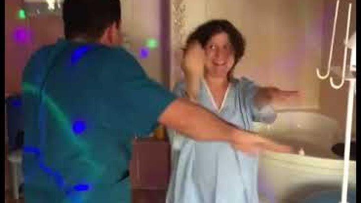 ginekolog-ne-uderzhalsya-pri-vide-patsientki