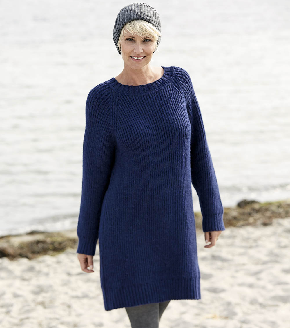ee92d5a1c61 Синее платье-туника с рукавами реглан - схема вязания спицами. Вяжем Туники  на Verena · zoom in