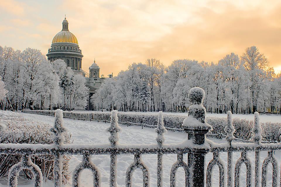 Новогодний Санкт-Петербург 5 дней/4 ночи от 11990 рублей