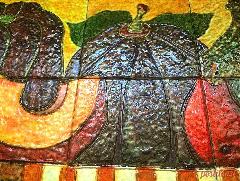 плитка керамическая ручной работы, плитка ручной работы, панно из плитки, панно керамическое натюрморт, панно фрукты, панно фрукты и овощи