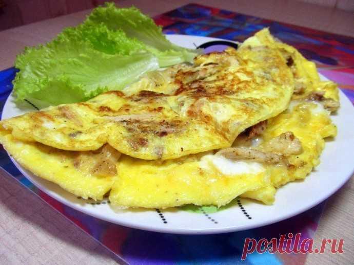 Омлет с курицей и сыром