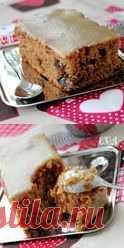 Пирог с черносливом и карамелью. Это и пирог, и порционные пирожные, и даже торт!