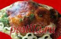 """Фаршированная курица """"Медок"""" режется непосредственно на столе при гостях, подается в горячем виде. А рис, пропитанный нежным соком курицы, просто изумителен."""