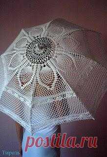 Ажурный зонт: красивейший аксессуар в жаркую солнечную погоду.