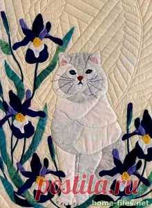 Это замечательное панно с кошками выполнено в лоскутной технике квилтинг американкой Кэрол Армстронг.