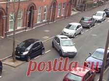 Ирландцев покорила женщина, пытавшаяся припарковаться полчаса.