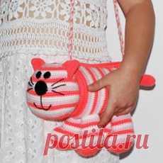 10 Crochet Elephant Patterns (FREE) | BeesDIY.com | 230x230