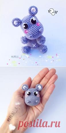 Hello Kitty tejida a crochet (amigurumi) Parte 7: acabados - YouTube | 461x230