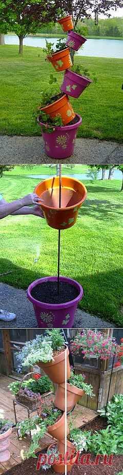 """Плантация для сада из цветочных горшков. МК. Как вам такая идея для сада? Можно использовать и для балкона, так как """"плантация"""" занимает мало места. В горшки можно посадить все, что угодно, особенно удобно посадить клубнику."""