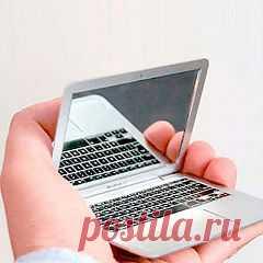 Карманное зеркальце MacBook Air - 490 руб