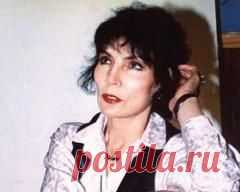 Сегодня 08 июня в 2015 году умер(ла) Джуна Давиташвили