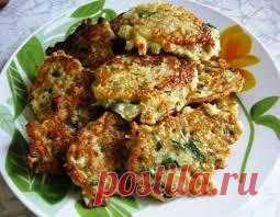 Замечательные оладушки из капусты вы можете приготовить себе и своим деткам. Очень вкусно получается!