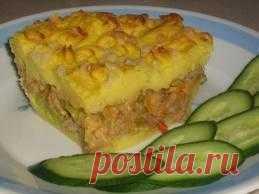 Это традиционное британское блюдо, появившееся в 18 веке, когда в Европе стал активно употреблятся в пищу картофель.