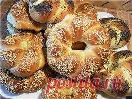 Замечательная турецкая выпечка с которой замечательно начинать свой день. Приготовте ее на завтрак и ваши домашние будут в восторге!