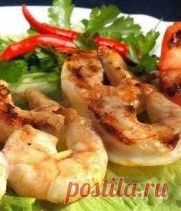 Shish kebab from tiger shrimps