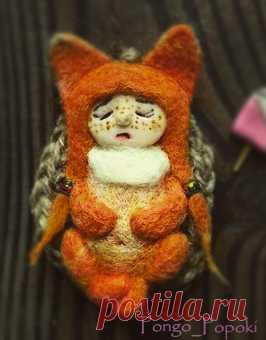 Крошка лис- 7 см в длину, 4 в ширину. Спят усталые игрушки, книжки спят... спящий лисенок #fox #лис #игрушка #валяныеигрушки