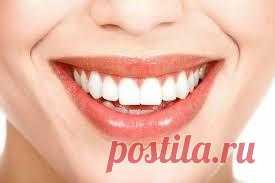 А знаете ли вы, что раньше зубные протезы делались из… зубов?