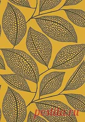 New Pebble leaf Wallpaper in Honeybee by MissPrint | Patterns