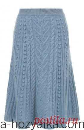 Вязаное платье аранами Valentino. Модная юбка спицами с аранами Вязаное платье аранами Valentino. Юбка спицами с аранами
