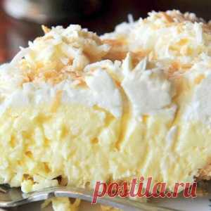 The most delicate coconut pie with a thick layer of cream. Tasty - Mirtesen