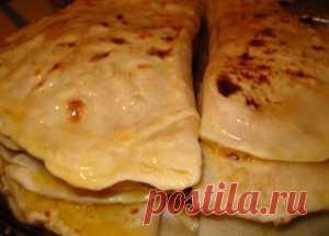 Кастыбай с картофельным пюре / Лепешки / TVCook: пошаговые рецепты с фото