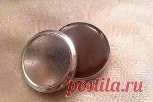 Chocolate lip balm. Of course, cosmetics can be bought also in shop, but it is possible to make and most)