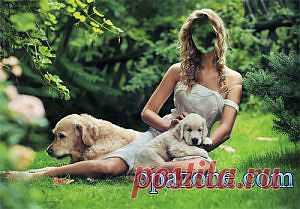 Женский шаблон - Девушка на поляне с двумя лабрадорами