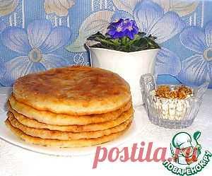 Постные лепёшки с фасолью и грецкими орехами - кулинарный рецепт