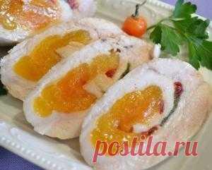 РЕЦЕПТЫ Куриные колбаски-рулетики с курагой на kakyagotovlu.ru