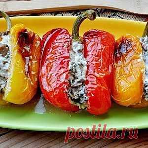 Запеченный перец, фаршированный вешенками и сыром рецепт – основные блюда