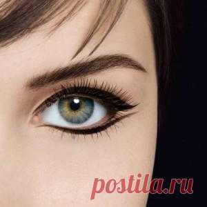Как красиво накрасить глаза подводкой. Вуманка.ру