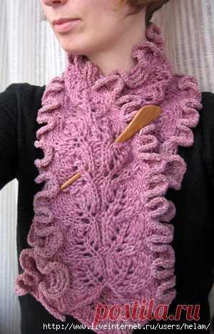 Шарф с воланами Frilly scarf