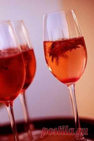 Вино из чая каркаде