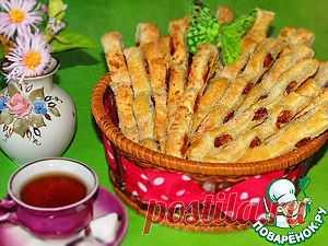 Слойки из сухофруктов - кулинарный рецепт