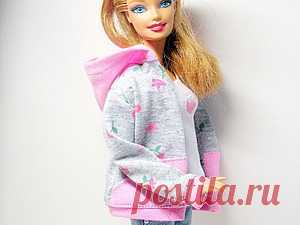 Как сшить толстовку с капюшоном для куклы Барби - Ярмарка Мастеров - ручная  работа, handmade 14acb18c42b