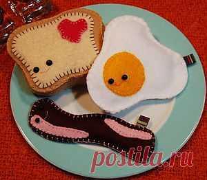 Плюшевая яичница